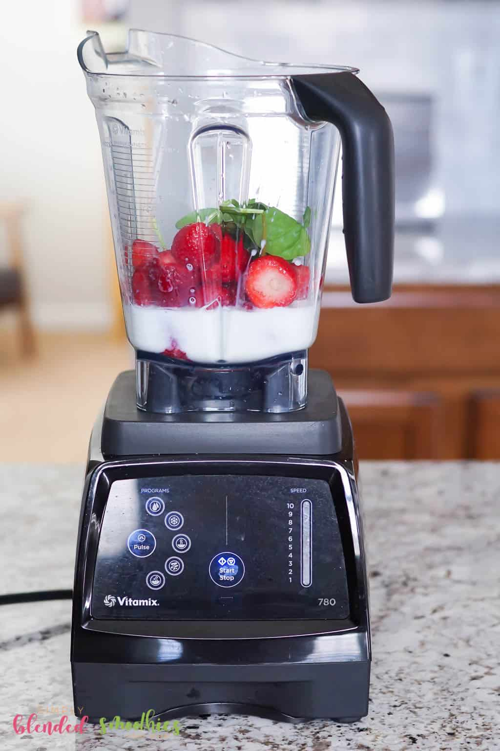 How To Make A Strawberry Spinach Smoothie