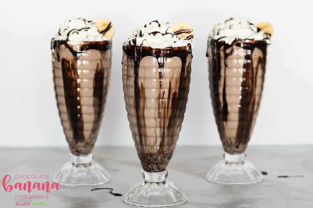 How To Make A Chocolate Milkshake With Bananas