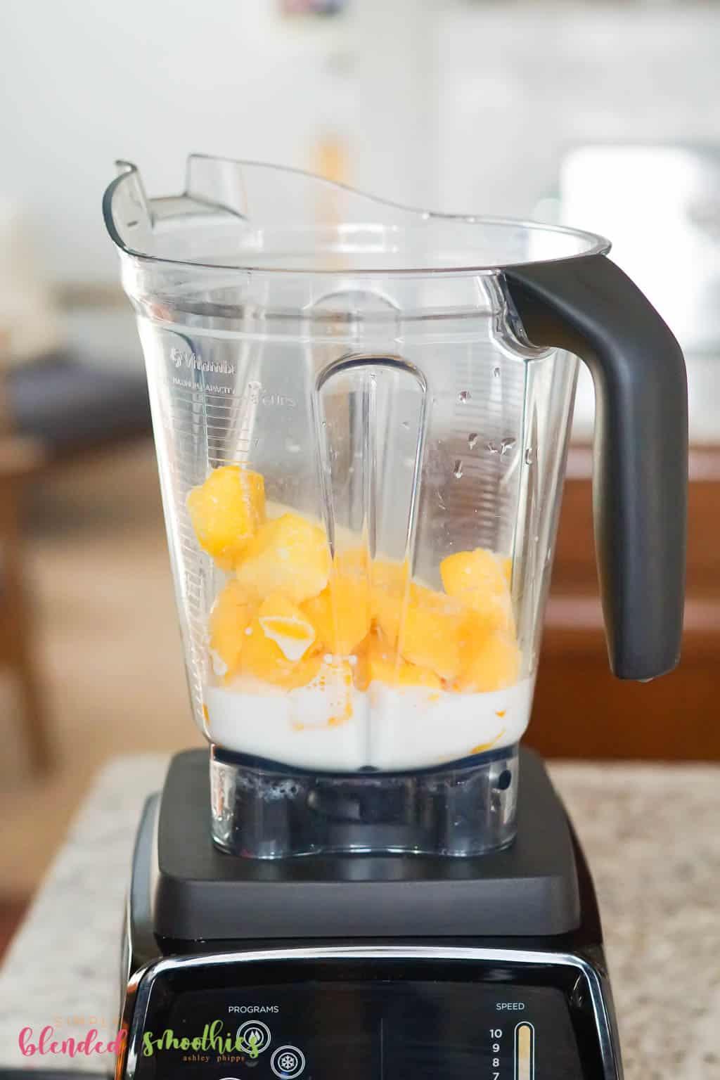 Mango Smoothie Ingredients In Blender