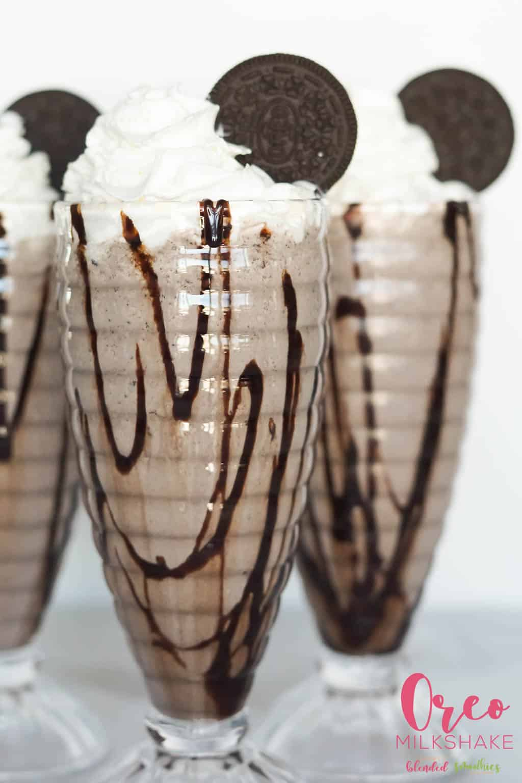 Delicious oreo milkshake